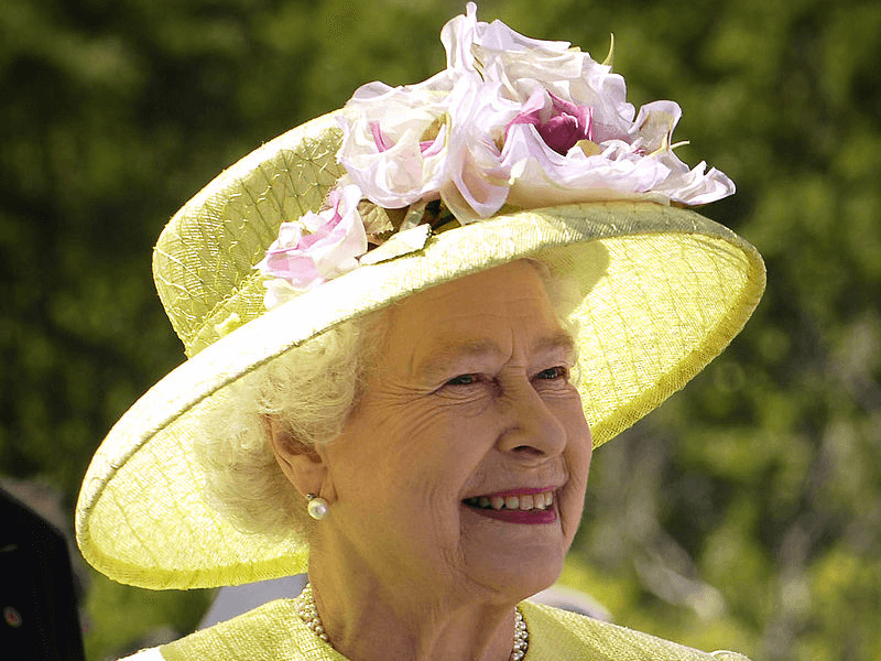 Queen Elizabeth II in yellow outfit